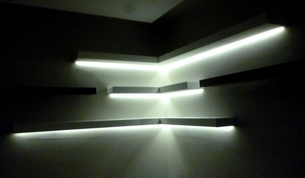 mensole in cartongesso con illuminazione a LED a scomparsa a VIGNOLA